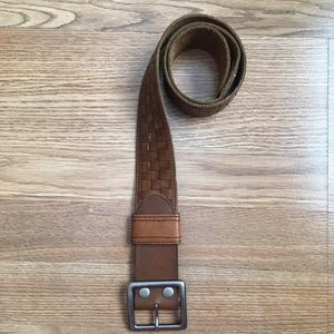 Hollister Wide Woven Aged Leather Belt